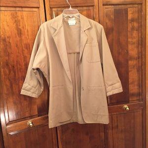 Woman's fall topcoat